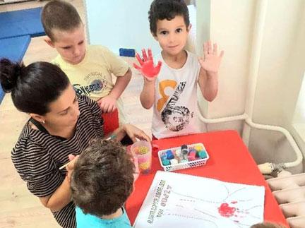 """""""Имам си приятели"""" и днес, на 4 август  с децата от Детска градина Монтесори Планета България- гр. Плевен върху споделянето, доверието и положителния заряд, който ни носят приятелите!"""