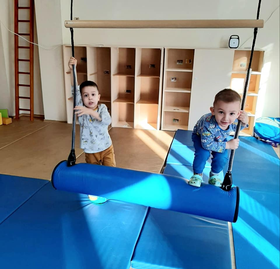 """В детска градина """"Монтесори Планета България"""" се забавляват и малките, и големите, докато учат, щастливи са и очите им греят!"""